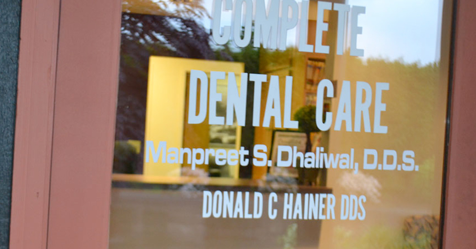 Complete Dental Care door