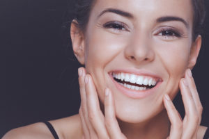 Teeth whitening in Kent removes years of stains
